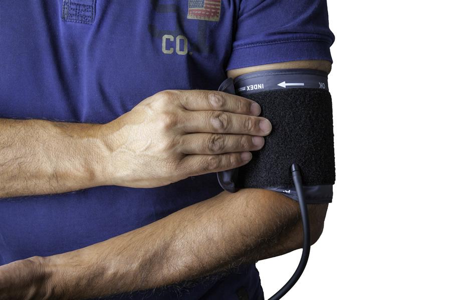 高血圧は危険な病気